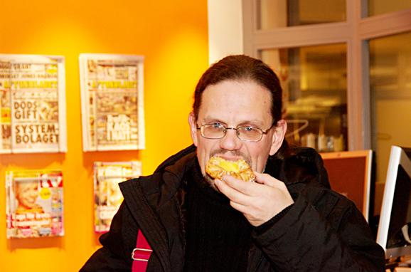 Jan Lien med hacker-bulle! Foto: Therese Rosvall